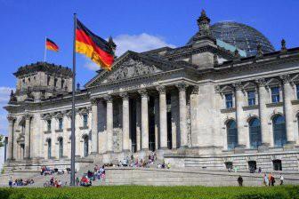 Немецкие парламентарии хотят «разрядки» в отношениях с Россией