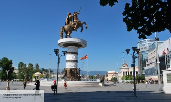 Оппозиция призывает население к акциям протеста в Македонии