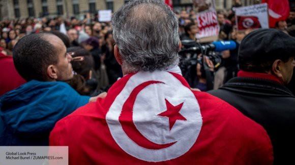 Эксперт объяснил, почему терроризм в Тунисе по-прежнему процветает