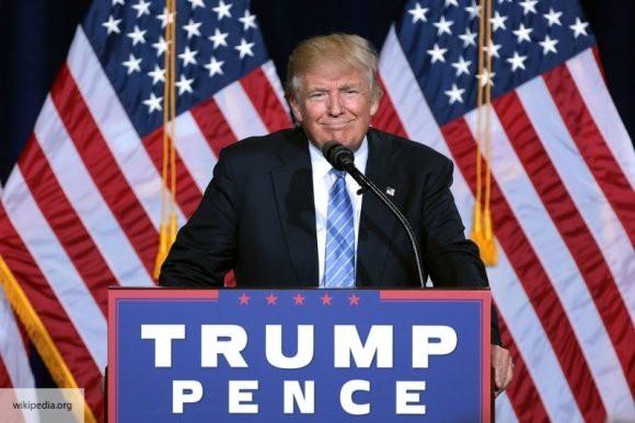 Трамп заявил, что встреча с демократами – пустая трата времени