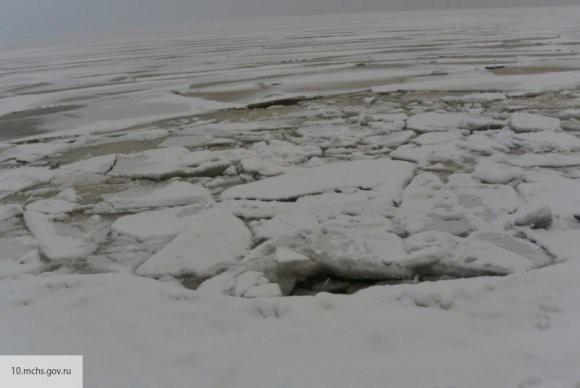 Семиклассник из Твери получил награду за спасение провалившегося под лед одноклассника