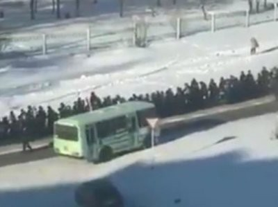 Скандальные похороны криминального авторитета в Хабаровском крае: МВД угрожает судом