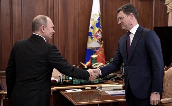 Новак доложил Путину об успехах России по экспорту СПГ