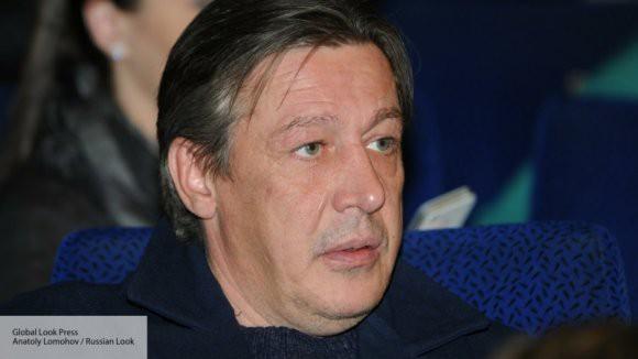 Артист Ефремов высмеял инициативу депутата ГД о детях и алкоголе