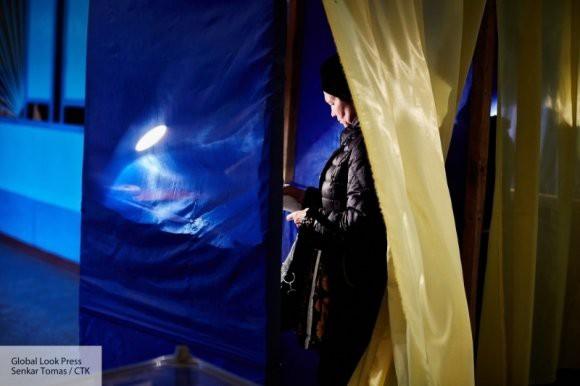 Российский политолог о совете МИД Украины по выборам для своих граждан: «Параллельный мир»