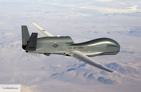 Американские беспилотник и самолет провели у Крыма разведку