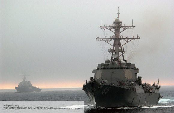Американский десантный корабль направился к берегам Сирии для прикрытия вывода войск