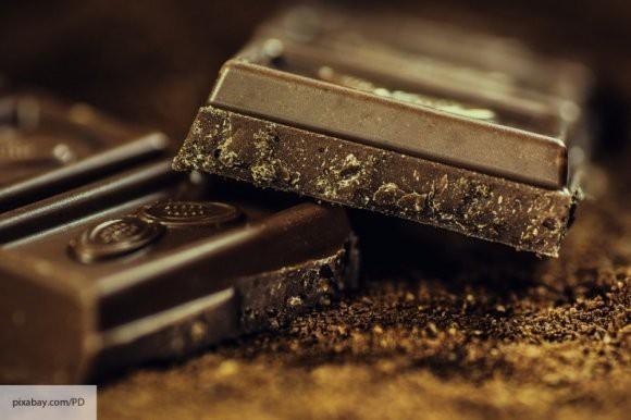 СМИ назвали 10 особенностей темного шоколада