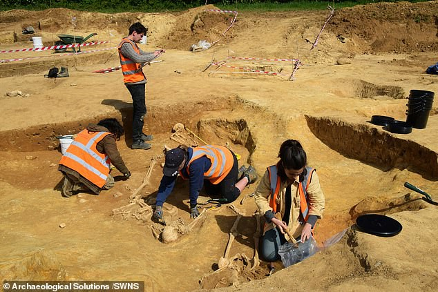 Загадка обезглавленных скелетов римской эпохи в Саффолке