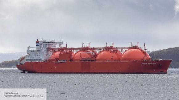 У побережья Китая произошла утечка СПГ с танкера