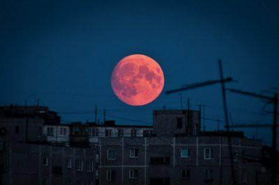 Москвичи в январе увидят кровавую Луну