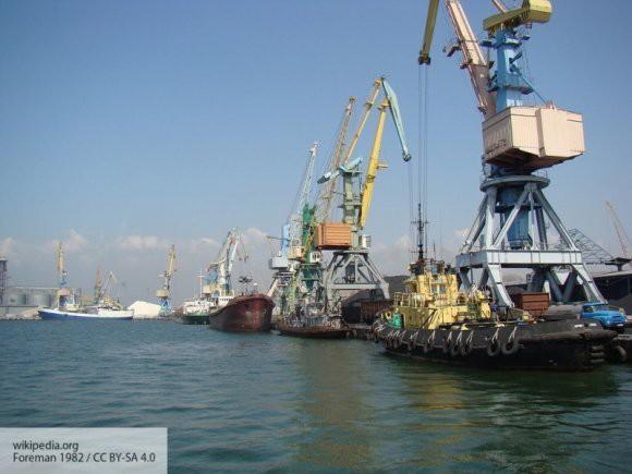 Украинский эксперт назвал Азовское море потерянным для Бердянского и Мариупольского портов