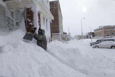 На Вашингтон обрушилась первая в 2019 году снежная буря