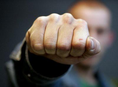 В Сызрани полиция начала проверку после избиения школьником учителя