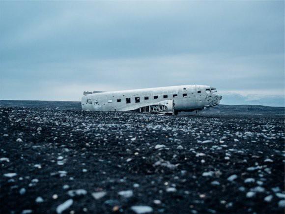 «Боинг-707» упал на жилой район в Иране