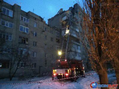 Появилось видео с места взрыва в жилом доме в Шахтах