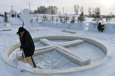 На крещенские купания в Москве подготовят более 60 прорубей