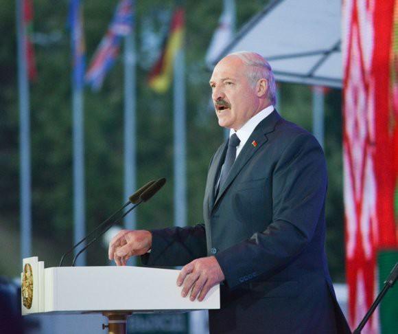 Лукашенко о Донбассе: «Это недоразумение надо заканчивать»
