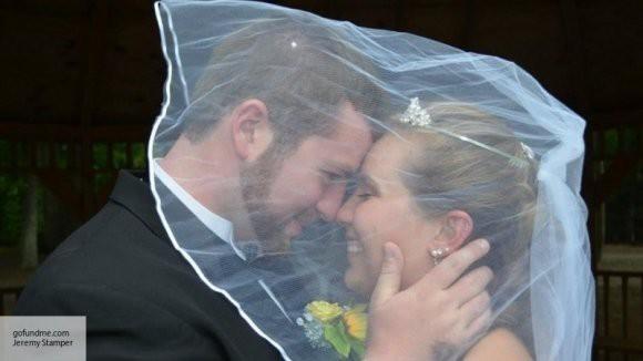 В Санкт-Петербурге 200 пар выстроились в очередь, чтобы жениться в «красивую дату»