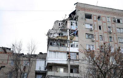 Количество погибших при взрыве газа в доме в Шахтах выросло до четырех