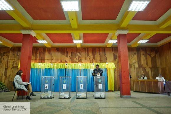ЦИК Украины зарегистрировал еще три кандидата в президенты