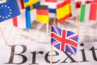 Парламент Великобритании отверг план Терезы Мэй по выходу из Евросоюза