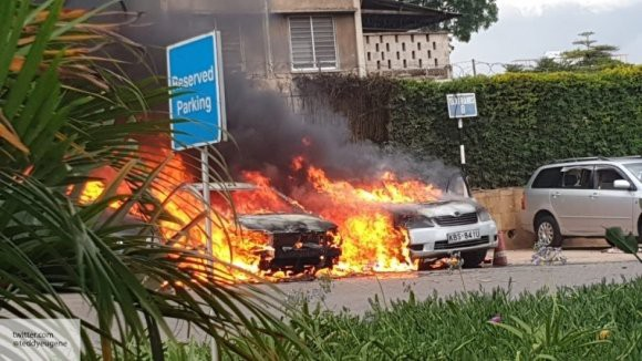 В результате нападения на отель в столице Кении погибло 15 человек