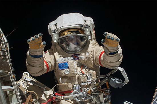 Зарплата космонавта в России в 2019 году