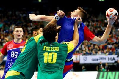 Россия проиграла Франции на ЧМ по гандболу и покинула турнир