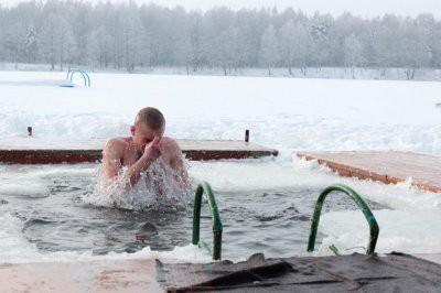 Московские власти подготовили удобные места для купания на Крещение