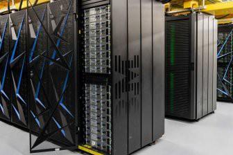 Российские ученые создали суперкомпьютер для решения задач в области ИИ