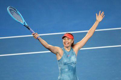Мария Шарапова обыграла действующую чемпионку Australian Open Возняцки