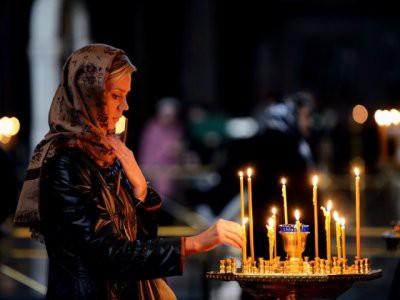 Праздничное богослужение на Крещение вечером 18 января начинается с всенощного бдения
