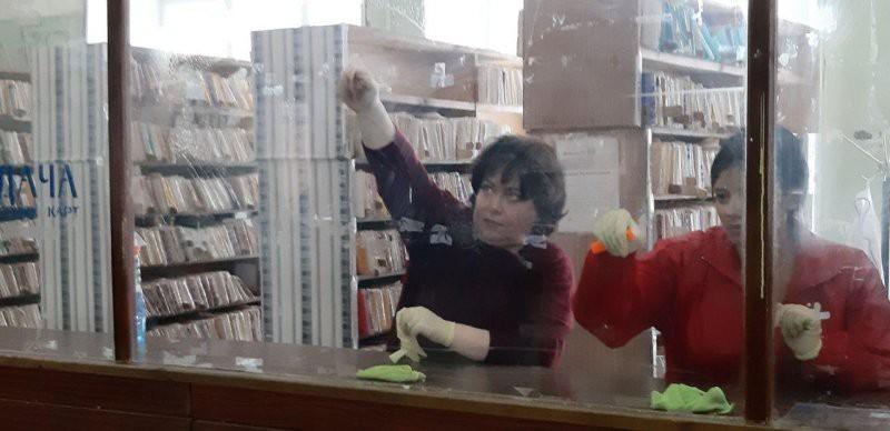 Марина «не золотая рыбка» Чекунова приняла участие в генуборке больницы в Струнино