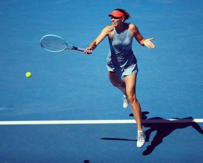 Шарапова проиграла в 1/8 Australian Open
