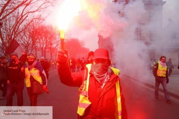 Как прошел 10 акт протестов «желтых жилетов» во Франции