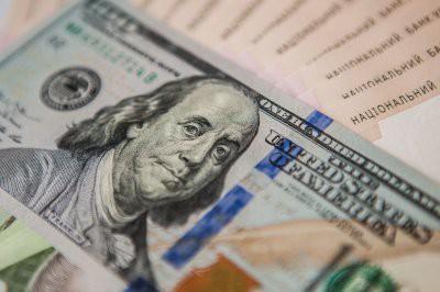Российский рубль укрепляет позиции против ведущих мировых валют