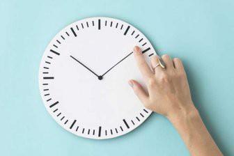 Ученые рассказали, почему время движется только вперед