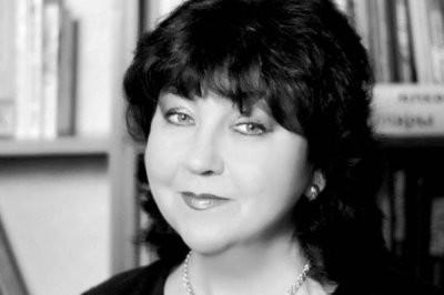 В Димитровграде прямо во время выступления умерла певица Фания Халиуллова
