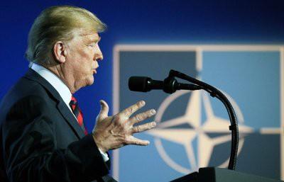 Американские конгрессмены запретили Трампу выходить из НАТО