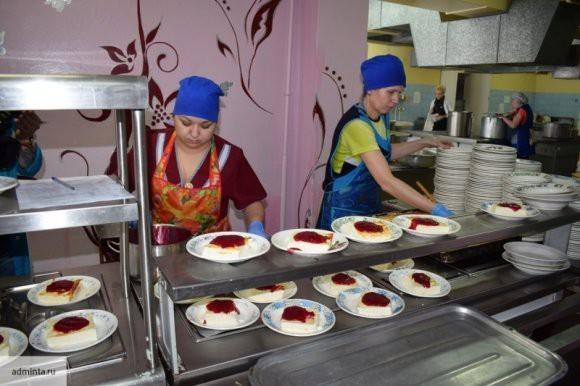 Спецкомиссия опровергла сообщения о голодных обмороках школьников в Кузбассе