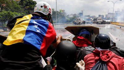 США готовы ввести войска в Венесуэлу