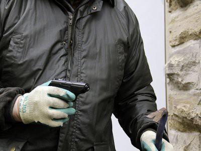 В Актобе охранник банка ограбил букмекерскую контору