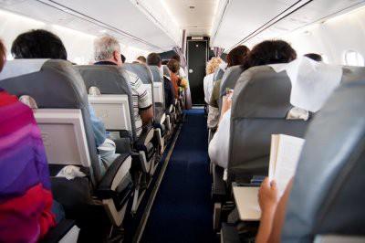Пассажир рейса Петербург - Анталия избил стюардессу