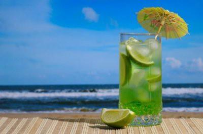 На Гоа будут штрафовать за употребление алкоголя на пляже