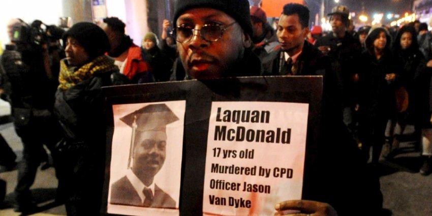Уровень убийств в Чикаго падает второй год подряд