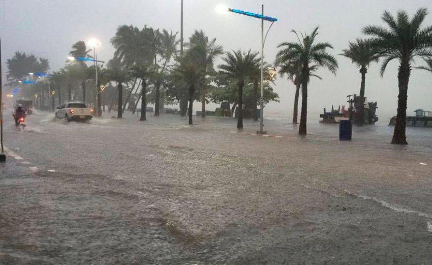 Ураган в Таиланде - видео и фото сегодня, 5 января 2019