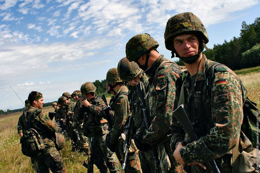 Переброска войск на восток: Германия наступает?