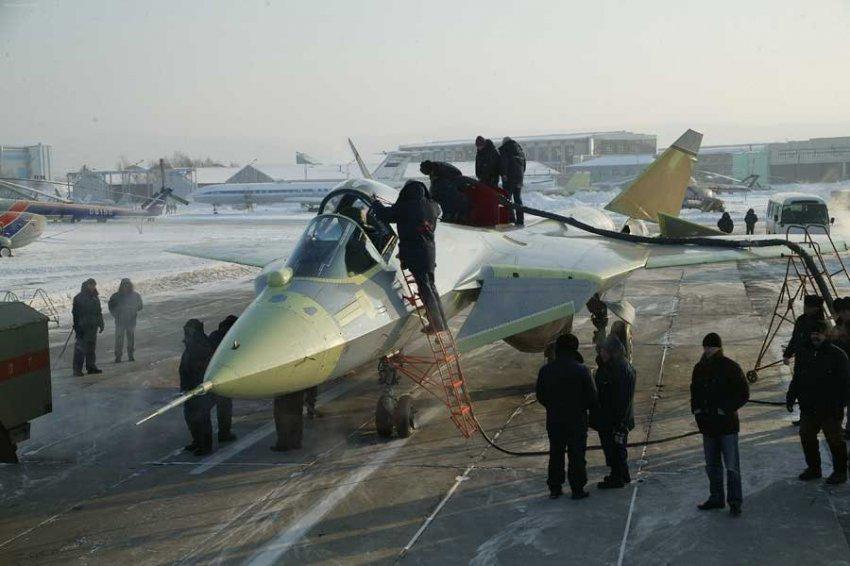 """Госкорпорация """"Ростех"""" разработала новое стелс-покрытие для кабин Су-57 и Ту-160"""