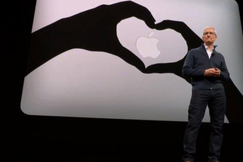 Компания Apple может заняться производством одежды будущего
